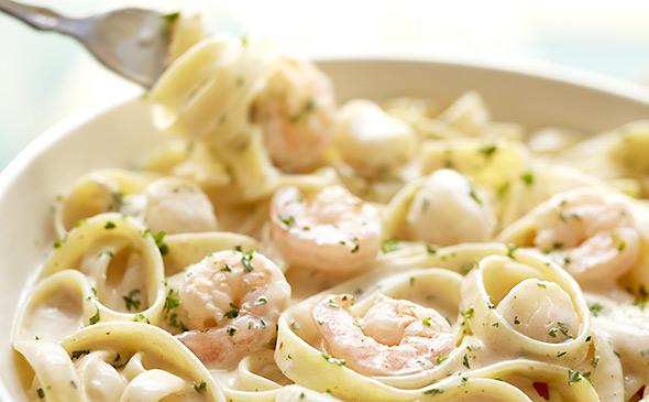 pasta fetuccini con salsa alfredo recetas de cocina